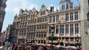 Будинки на головній площі