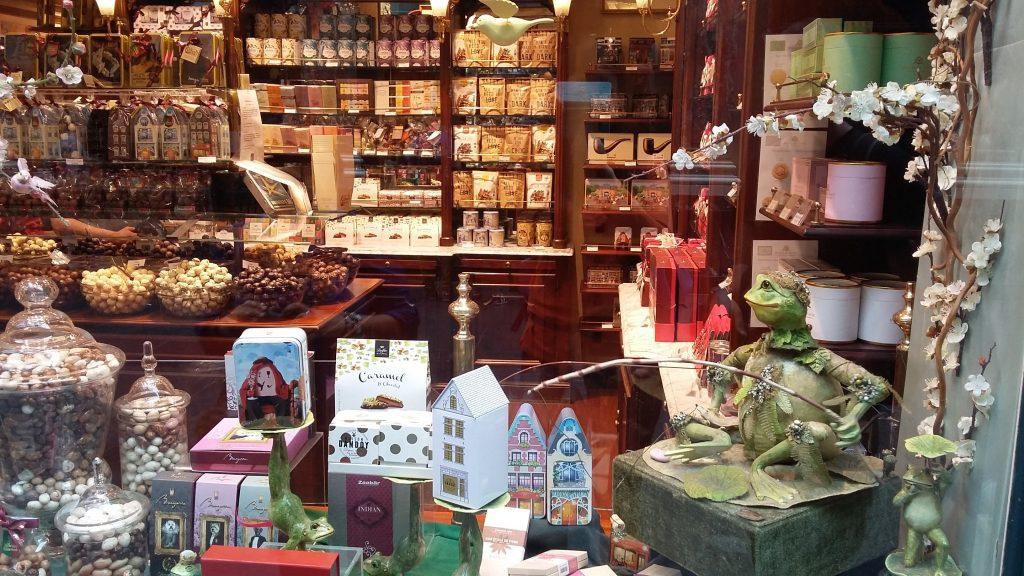 Магазинчик шоколаду в галереї святого Юбера