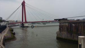 Один з мостів